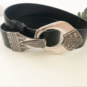 Chico's black leather belt with Aztec buckle - S